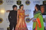 Rohit Verma, Daisy Shah, Poonam Dhillon at the 21st Lions Gold Awards 2015 in Mumbai on 6th Jan 2015 (580)_54acf32b3348a.jpg