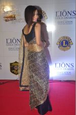 at the 21st Lions Gold Awards 2015 in Mumbai on 6th Jan 2015 (540)_54acf2e3bb8f8.jpg