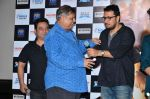 Dinesh Vijan, Varun Dhawan,David Dhawan unveils Jee Karda Song from Badlapur Movie on 8th Jan 2015 (63)_54af861b9ac1b.JPG
