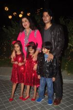 Farah Khan_s birthday bash at her house in Andheri on 8th Jan 2015 (220)_54afc2880b752.JPG