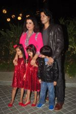 Farah Khan_s birthday bash at her house in Andheri on 8th Jan 2015 (236)_54afc28cc9d68.JPG