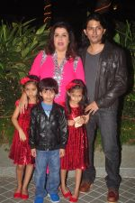 Farah Khan_s birthday bash at her house in Andheri on 8th Jan 2015 (243)_54afc298007d5.JPG