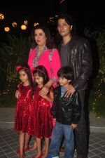 Farah Khan_s birthday bash at her house in Andheri on 8th Jan 2015 (238)_54afc29059954.JPG