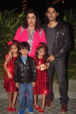 Farah Khan_s birthday bash at her house in Andheri on 8th Jan 2015 (245)_54afc29b1e329.JPG