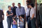 Sanjay Dutt snapped with wife Maanyata Dutt, son Shahraan Dutt, daughter Iqraa Dutt leaving for Yerwada Jail after finishing his furlough in Mumbai on 8th Jan 2 (2)_54af8dfc3cf3e.JPG