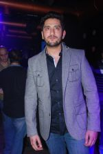 Shaad Randhawa at Kamaal Rashid Khan_s birthday bash in Club Escape on 8th Jan 2015 (57)_54af901e5faac.JPG