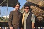 Ayushmann Khurrana, Vibhu Puri promote Hawaizaada in Versova Beach, Mumbai on 9th Jan 2015 (52)_54b157405277d.JPG