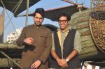 Ayushmann Khurrana, Vibhu Puri promote Hawaizaada in Versova Beach, Mumbai on 9th Jan 2015 (59)_54b1576f510c9.JPG