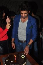 Addite Shirwaikar, Mohit Malik at TV actor Mohit Mallik birthday bash in The Threesome Cafe, Mumbai on 11th Jan 2015 (105)_54b387c20975f.JPG