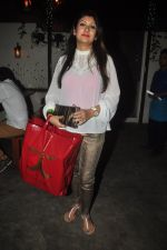 Juhi Parmar at TV actor Mohit Mallik birthday bash in The Threesome Cafe, Mumbai on 11th Jan 2015 (88)_54b387fb5e06d.JPG
