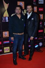 Riteish Deshmukh, Mohit Suri at Producers Guild Awards 2015 in Mumbai on 11th Jan 2015 (943)_54b3707c74be0.JPG