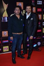 Riteish Deshmukh, Mohit Suri at Producers Guild Awards 2015 in Mumbai on 11th Jan 2015 (947)_54b3707e36fef.JPG