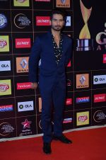 Shahid Kapoor at Producers Guild Awards 2015 in Mumbai on 11th Jan 2015 (147)_54b3713e1fcd8.JPG
