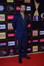 Shahid Kapoor at Producers Guild Awards 2015 in Mumbai on 11th Jan 2015 (148)_54b3713f24807.JPG