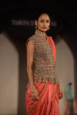 Model walks for Tarun Tahiliani-Azva show in Hyderabad in Tak Krishna on 13th Jan 2015 (246)_54b6626bbf9ca.JPG