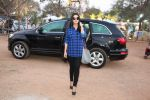 Asin Thottumkal snapped arriving for her movie song shoot in Mumbai on 17th Jan 2015 (23)_54bca2e2b6c90.JPG