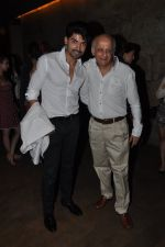 Mukesh Bhatt at Gurmeet_s screening in Lightbox, Mumbai on 18th Jan 2015 (3)_54bcd671df4c3.JPG