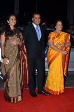 Chetan Bhagat at Kush Wedding Reception in Sahara Star, Mumbai on 19th Jan 2015 (118)_54be1630136e7.JPG