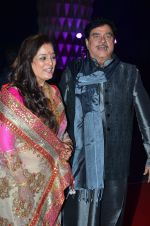 shatrughan sinha, Poonam Sinha at Kush Wedding Reception in Sahara Star, Mumbai on 19th Jan 2015 (1)_54be1745f192c.JPG