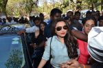 Rani Mukherjee at Mumbai university in Santacruz, Mumbai on 20th Jan 2015 (16)_54bf5459ecd4c.JPG