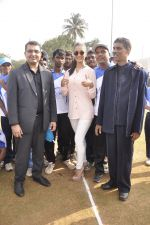 Miss India Alankrita Sahai & Suraj Samat inaugurate the National Blind Cricket Tournament in Islam Gymkhana on 22nd Jan 2015 (17)_54c20853ef09f.JPG