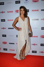 Priyanka Chopra at Filmfare Nominations bash in Hyatt Regency, Mumbai on 22nd Jan 2015 (365)_54c243d6dbfbc.JPG