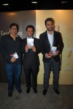 Vashu Bhagnani, Jackky Bhagnani at Rohit Khilnani_s book launch in Bandra, Mumbai on 22nd Jan 2015 (49)_54c20a4550e7a.JPG
