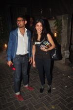 Shruti Hassan snapped in Mumbai on 23rd Jan 2015 (11)_54c4b2e4a5485.JPG