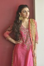 Soha Ali Khan_s mehendi in Khar on 23rd Jan 2015 (62)_54c49a5208182.JPG