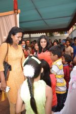 Ekta Kapoor at Anurag Basu_s saraswati pooja in Mumbai on 25th Jan 2015 (26)_54c614e67464f.JPG