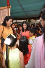Ekta Kapoor at Anurag Basu_s saraswati pooja in Mumbai on 25th Jan 2015 (27)_54c614e793595.JPG