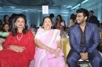 Arjun Kapoor, Kokilaben Ambani at Dr Jamuna Pai_s book launch in Mumbai on 27th Jan 2015 (32)_54c8c46d4ec06.JPG