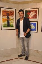 Varun Sharma at art exhibition in Leela Hotel, Mumbai on 28th Jan 2015 (8)_54c9d0af8df96.JPG