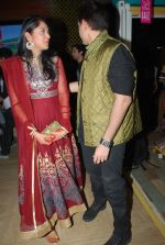 Kush Sinha with wife at the Premiere of Hawaizaada in Mumbai on 29th Jan 2015 (24)_54cb42a102046.jpg