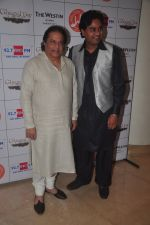 Anup Jalota at Jagjit Singh_s birth anniversary in Mumbai on 3rd Feb 2015 (79)_54d1c7bf22c8d.JPG