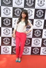 Sneha Ullal at Asha Karla_s summer 2015 couture collection hosted by Arpita Khan in Juhu, Mumbai on 5th Feb 2015 (123)_54d47715e6f99.JPG