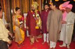 Uddhav Thackeray at Rahul Thackeray_s wedding ceremony in Mumbai on 9th Feb 2015 (44)_54d9adbbe2ec9.JPG