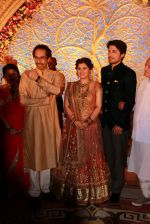 Uddhav Thackeray at Designer Manali Jagtap_s Wedding Reception in Mumbai on 11th Feb 2015 (111)_54dc63ccd70b1.jpg