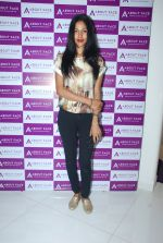 Netra Raghuraman at About face salon launch in Khar, Mumbai on 12th Feb 2015 (12)_54ddeea5dcd0a.JPG