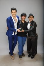 at Photo shoot for VRG motion pictures in Andheri, Mumbai on 12th Feb 2015 (6)_54ddf52d4ac34.JPG