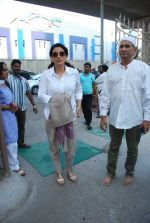 Juhi Chawla at Madan Mohan_s prayer meet in Andheri, Mumbai on 13th Feb 2015 (50)_54e000167186a.JPG