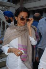 Juhi Chawla at Madan Mohan_s prayer meet in Andheri, Mumbai on 13th Feb 2015 (70)_54e0001cd016f.JPG