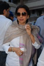 Juhi Chawla at Madan Mohan_s prayer meet in Andheri, Mumbai on 13th Feb 2015 (71)_54e0001dc1135.JPG