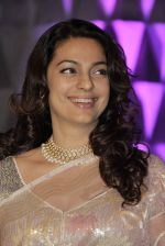 Juhi Chawla at Smita Thackeray_s son wedding reception in Sahara Star, Mumbai on 13th Feb 2015 (80)_54e002f759e34.JPG