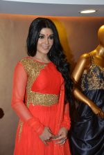 Koena Mitra at designer Gagan Kumar_s store launch in Santacruz, Mumbai on 17th Feb 2015 (24)_54e44ebc1fe9c.JPG