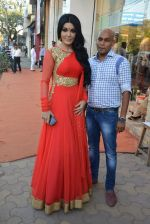 Koena Mitra at designer Gagan Kumar_s store launch in Santacruz, Mumbai on 17th Feb 2015 (6)_54e44e5805e8f.JPG