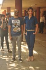 Anushka Sharma, Neil Bhoopalam at Red FM in Mumbai on 19th Feb 2015 (18)_54e6eec589625.JPG