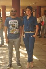 Anushka Sharma, Neil Bhoopalam at Red FM in Mumbai on 19th Feb 2015 (22)_54e6eecdce8b8.JPG