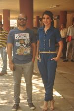 Anushka Sharma, Neil Bhoopalam at Red FM in Mumbai on 19th Feb 2015 (24)_54e6eed0d15c0.JPG