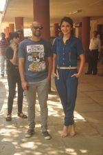 Anushka Sharma, Neil Bhoopalam at Red FM in Mumbai on 19th Feb 2015 (32)_54e6eee3b6c9b.JPG